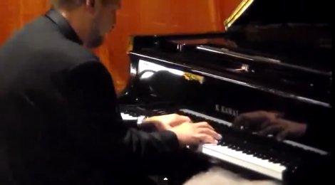 """Una sintesi video dello spettacolo musicale che si è svolto presso la """"Fabbrica dei Sogni"""" di Arianna Pangrazi il 20 Ottobre 2013 –"""